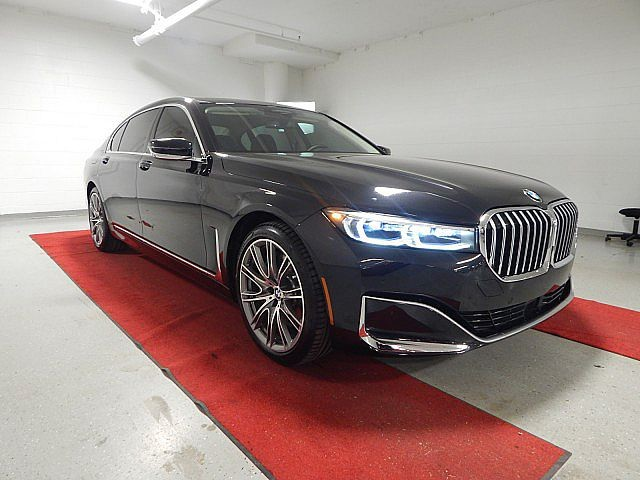 Loaner 2020 BMW 7 Series 750i xDrive