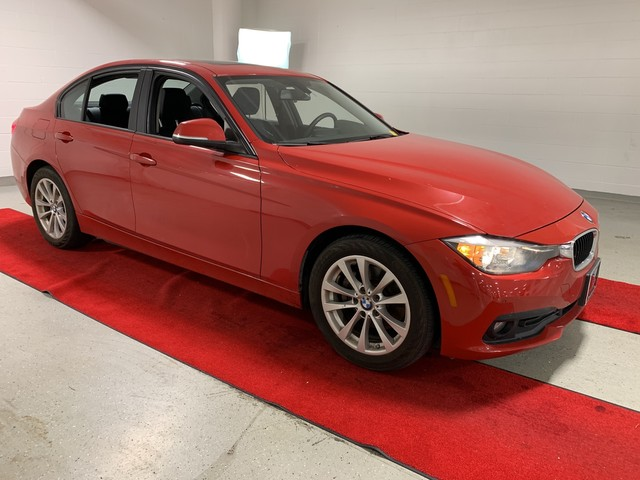 Pre-Owned 2016 BMW 320i xDrive