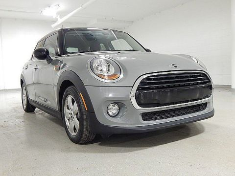 Pre-Owned 2018 MINI Hardtop 4 Door