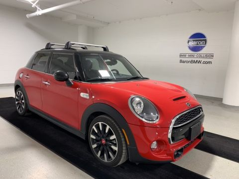 Pre-Owned 2019 MINI Hardtop 4 Door
